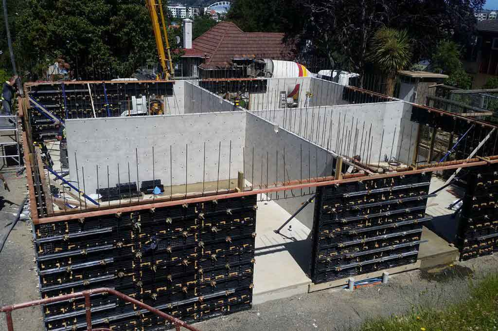 Prefabricated Prefab Concrete Walls : Bofu plastic modular formwork for corner walls