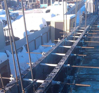 BOFU plastic formwork in Russia for wall with snow